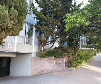 187 Montecito Ave #303, Adams Point, Oakland, CA