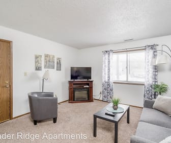 Thunder Ridge Apartments, Holmes Junior High School, Cedar Falls, IA