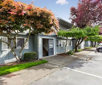 Oak Creek, Covington Middle School, Vancouver, WA