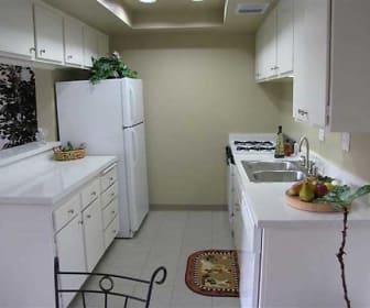 Kitchen, The Alders Apartments