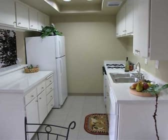 Alders Apartment Company, Tustin Foothills, CA