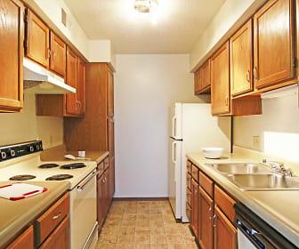 Kitchen, Vivion Oaks