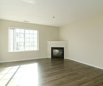 Living Room, Wyngate Townhomes