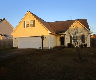 1521 Bridgeton Way, Hope Mills, NC