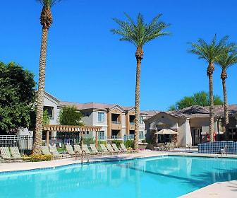 Pool, Adiamo Palm Valley