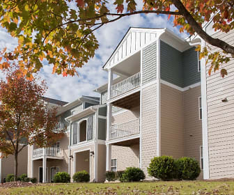Building Exterior, Woodland Trail Apartments