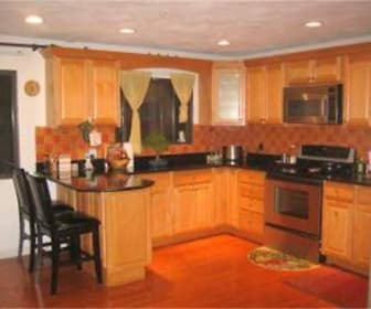 14 Crestview Drive, Beverly, MA