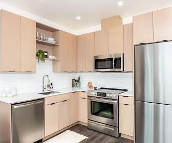 Kitchen, Meetinghouse Apartments
