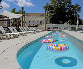 Pool, Channel Pierhouse