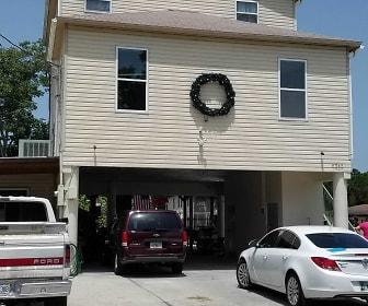 6245 Island Dr, Weeki Wachee High School, Weeki Wachee, FL