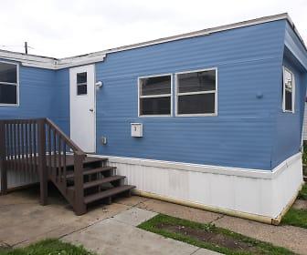 Building, Crescent Mobile Home Park