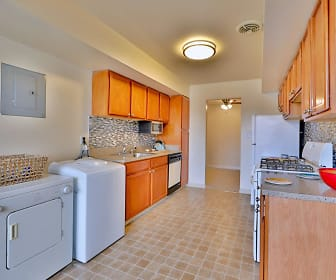 Westerlee Apartment Homes, Catonsville, MD
