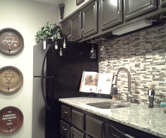 Kitchen, The Bridge Apartments