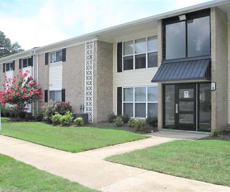 Building, Newport Landing Apartments