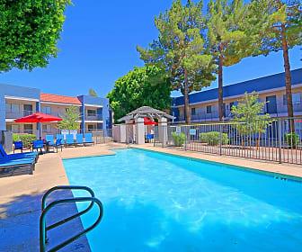 Pool, Brookside