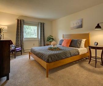 Rockingham Village Apartments, Merrimac, MA