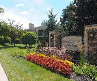 Community Signage, Brookdale on the Park