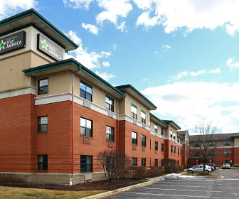 Furnished Studio - Chicago - Vernon Hills - Lake Forest, Vernon Hills High School, Vernon Hills, IL