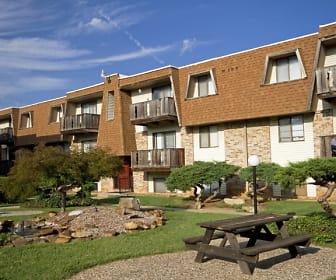 Seminole Apartments, Delaware Elementary School, Springfield, MO