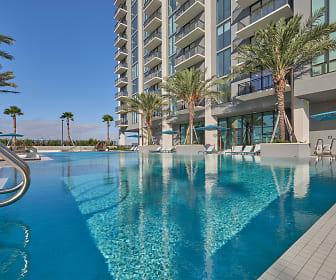 Pool, Park-Line Miami at Virgin MiamiCentral
