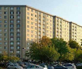 eaves Fairfax Towers, Pimmit Hills, VA