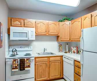Kitchen, Pointe Breeze Apartments