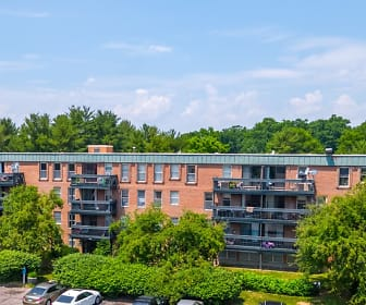 Building, Cove West Hartford