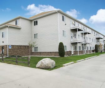Dakota Drive Apartments, West Fargo, ND