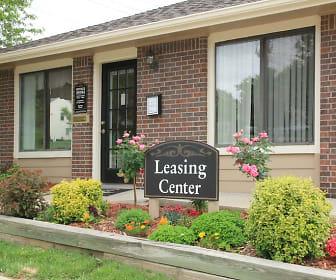 Leasing Office at The Hampton at Coral Ridge, The Hampton at Coral Ridge