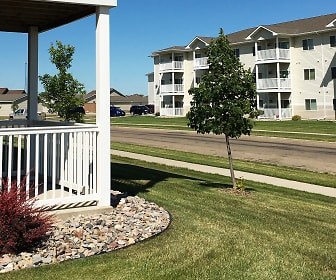 Southwood Apartments, Minot High School Central Campus, Minot, ND