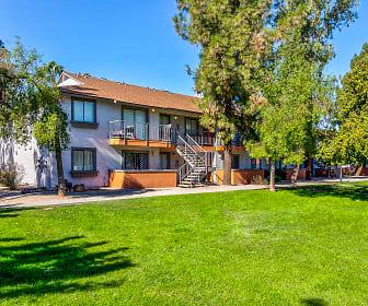Tierra Santa, American Institute of Technology, AZ
