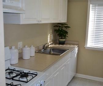 Aspen Run Apartments, Newark, DE