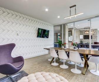 Jeffersonian Houze Apartments, Grosse Pointe Park, MI
