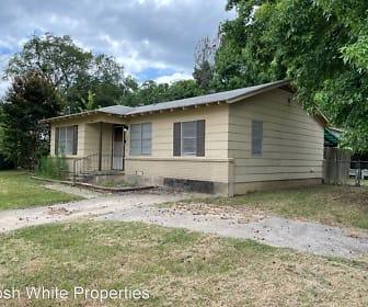 1402 Knight, Denton County, TX