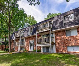 Tiffany Woods Apartment Homes, Lincoln Park Elementary School, Norton Shores, MI