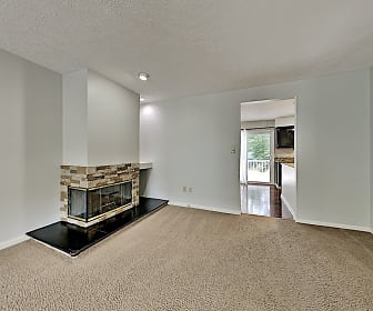 Living Room, 2689 Hunters Point Dr