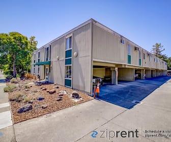 475 S E St, Unit 10, Rohnert Park, CA