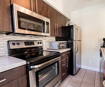 Kitchen, Signature Pointe