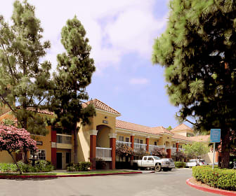 Building, Furnished Studio - Los Angeles - LAX Airport - El Segundo
