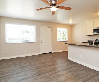 Living Room, Fruitvale