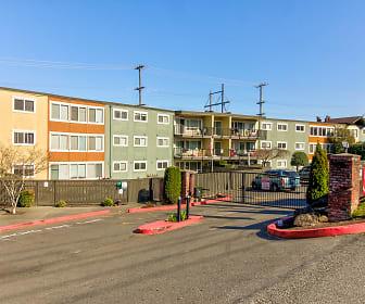 Building, Riverview West Apartments