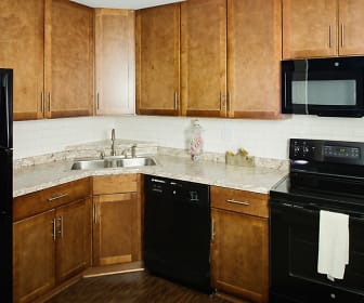 Kitchen, Minnetonka Hills Apartments
