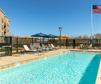 Pool, Oakwood WaterWalk Dallas - Richardson