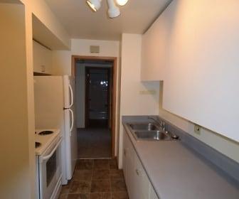 Kitchen, 1001 Gilbert Rd #5