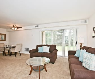 Spacious Living Rooms, Middletown Valley
