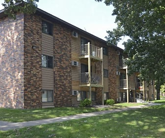 Building, Brookwood Apartments