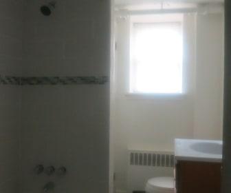 Bathroom, Primrose Court