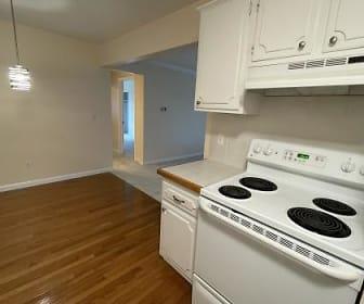 Kitchen 3.jpg, 417 Parkdale Ave, Unit 6