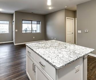 Liv 156 Apartments, 68116, NE