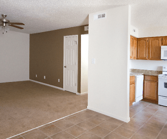 Quail Ridge Townhomes & Apartments, Southern Hills, Springfield, MO